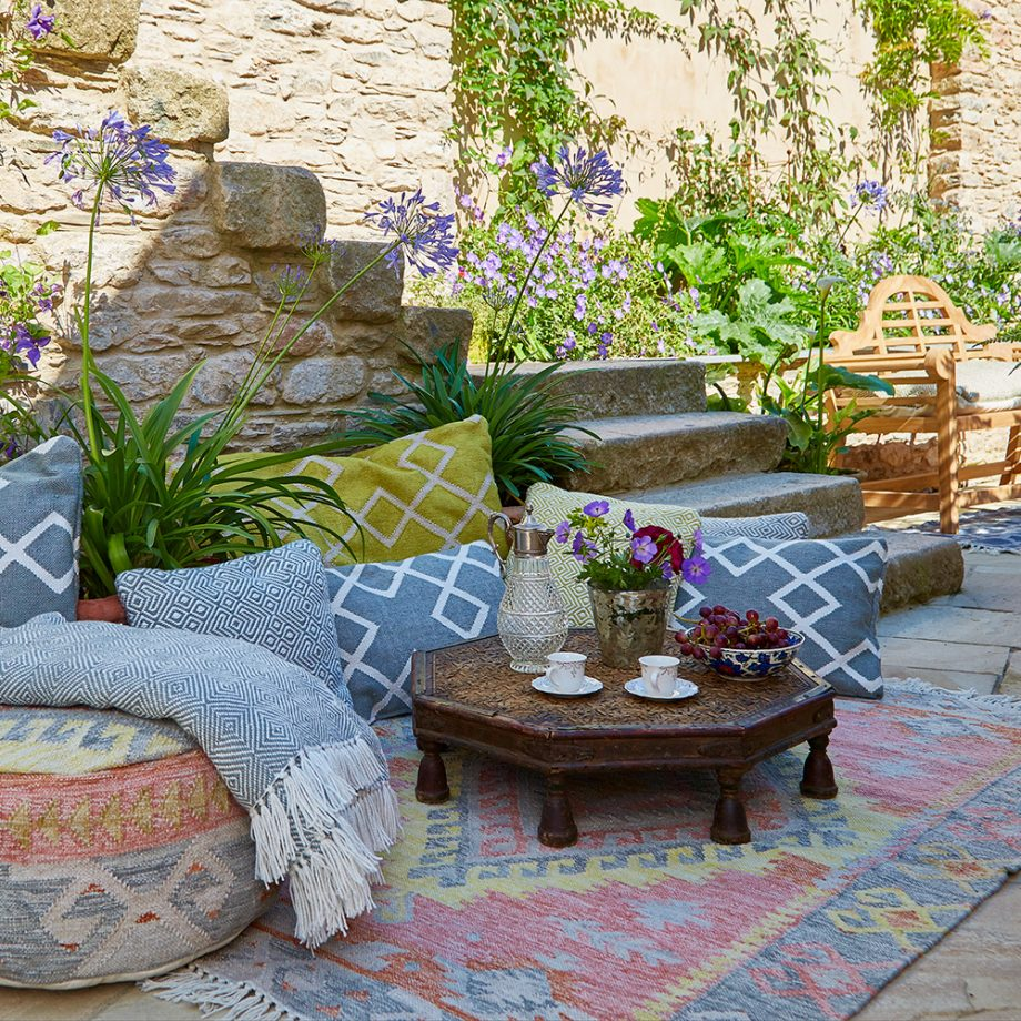 Perk up a patio with a rug