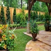 20 easy backyard ideas on a budget